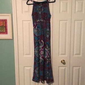 Women's size med maxi dress.